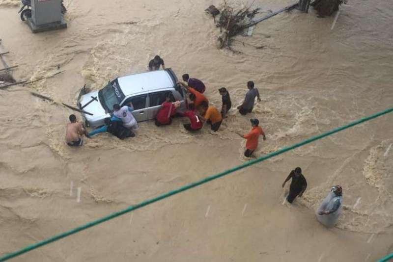 banjir-bandang-malaysia-bandara-penang-dan-tempat-wisata-terendam-k1aiwyziuu
