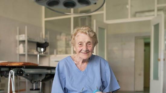 the-oldest-surgeon-of-russia-is-alla-ilyinichna-levushkina1