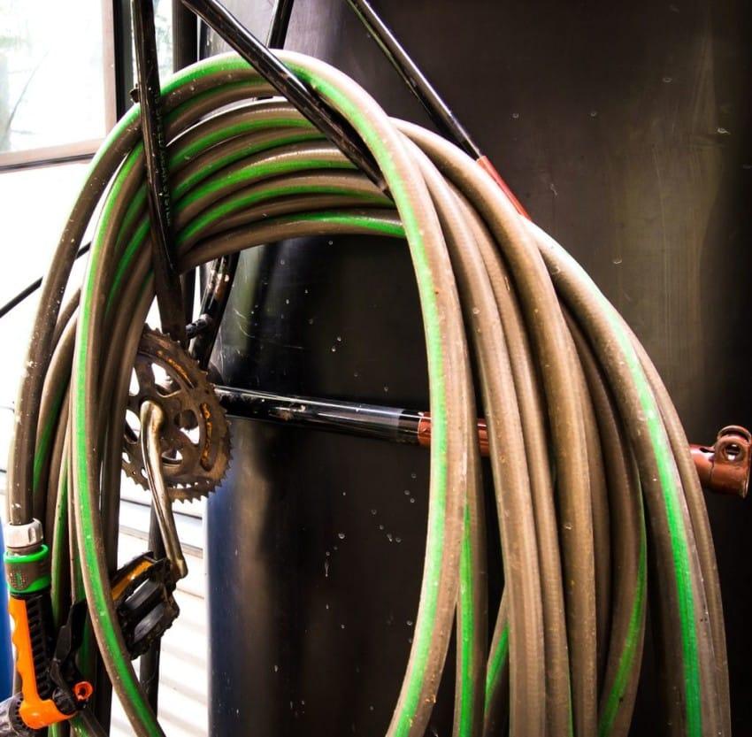 bike-hose-rack-850x833
